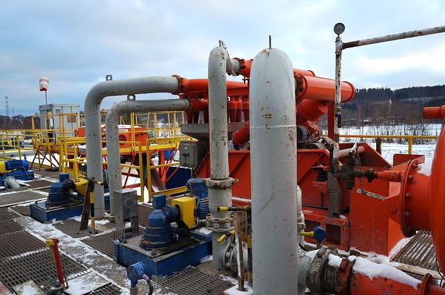 drilling-rig-863284_640